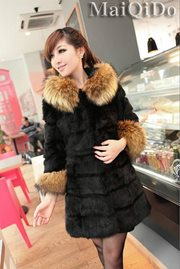 JAKET BULU - Black Fur Coat