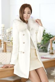 BAJU MUSIM DINGIN - White Fur Korean LongCoat