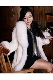 JAKET BULU - White Faux Fox Fur Coat