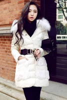 JAKET BULU ANGSA BIG SIZE - White Down Coat