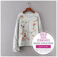 SWEATER RAJUT IMPORT BIG SIZE - Gray Embroidered Sweater